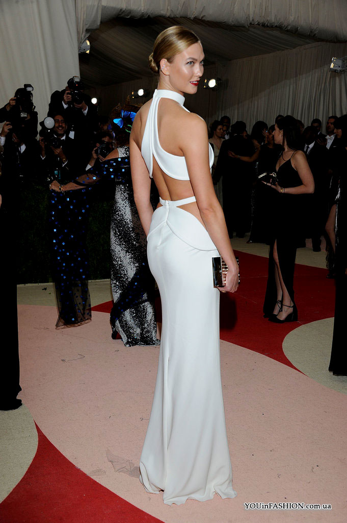 Met Gala 2016 Карли Клосс
